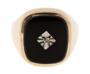 Vintage 1980's Men's Onyx & Diamond Signet Ring