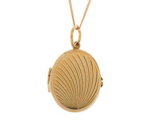 Vintage 1965 9ct Yellow Gold Locket