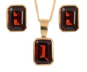 9ct Yellow Gold 3.55ct Rectangular Garnet Solitaire Pendant & Earrings Jewellery Set