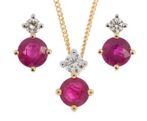 9ct Yellow Gold 0.90ct Ruby & Diamond Pendant & Earrings Jewellery Set