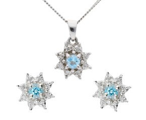 9ct White Gold 0.15ct Aquamarine & Diamond Cluster Earrings & Pendant Jewellery Set