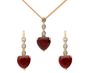 9ct Yellow Gold Garnet Heart Pendant & Earrings Set