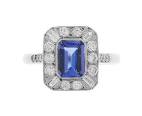 Pre-Owned 1.00ct Tanzanite & Diamond Dress Ring