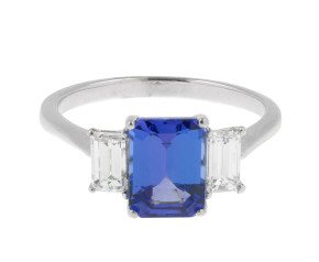 18ct White Gold 1.93ct Tanzanite & 0.60ct Diamond Dress Ring