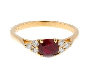 18ct Yellow Gold 0.69ct Ruby & 0.18ct Diamond Dress Ring