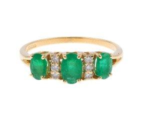 18ct Yellow Gold 1.05ct Emerald & Diamond Dress Ring