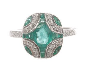 0.75ct Emerald & Diamond Ring