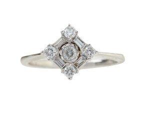 18ct White Gold 0.30ct Diamond Cluster Ring