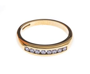 Pre-Owned 18ct Gold Diamond Half Eternity Ring