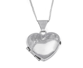 Pre-Owned 9ct White Gold Engraved Heart Locket