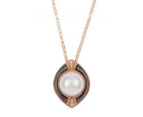 Bespoke 13.5mm Mabe Pearl & Diamond Pendant