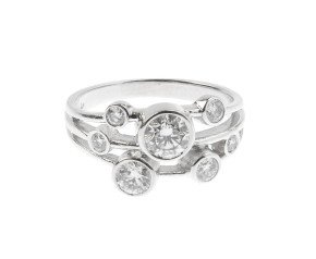 18ct White Gold 0.95ct Diamond Dress Ring