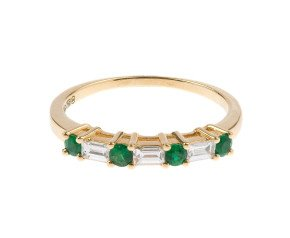 18ct Yellow Gold 0.19ct Emerald & 0.22ct Diamond Ring