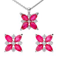 18ct White Gold 1.50ct Ruby & 0.20ct Diamond Flower Cluster Earrings & Pendant Jewellery set