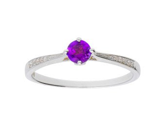 18ct White Gold 0.23ct Amethyst & Diamond Ring