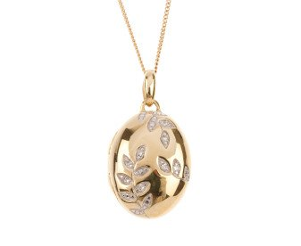 9ct Gold Diamond Oval Locket